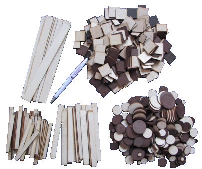 Čaklo roku komplekts – dažāda veida detaļu krājumu komplekts, kurā ietilpst vairāku izmēru loksnītes, aplīši, kvadrāti, taisnstūri, u.c. priekšmeti. Izmantojams dažādām radošām aktivitātēm – konstruēšanai, modelēšanai, zīmēšanai, gan izmantojot krāsu un līmi, gan bez tās. Materiāls noderēs arī dažādiem skaitīšanas un grupēšanas darbiņiem.