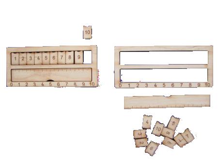 Saliekams metra lineāls ar desmit pieliekamām decimetra daļām un rāmīti decimetra salikšanai no 10cm.  Paredzēts metriskās sistēmas pamatelementu – centimetrs – decimetrs – metrs apguvei.  Iespējams lietot gan darbojoties pie galda, gan pieliekot pie tāfeles ar magnētu palīdzību.