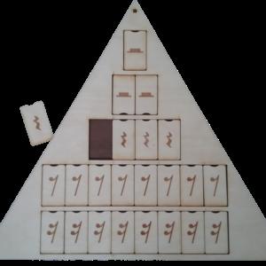 Nošu/paužu piramīda