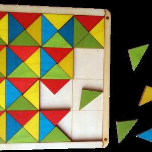 Krāsaino trīsstūru mozaīka